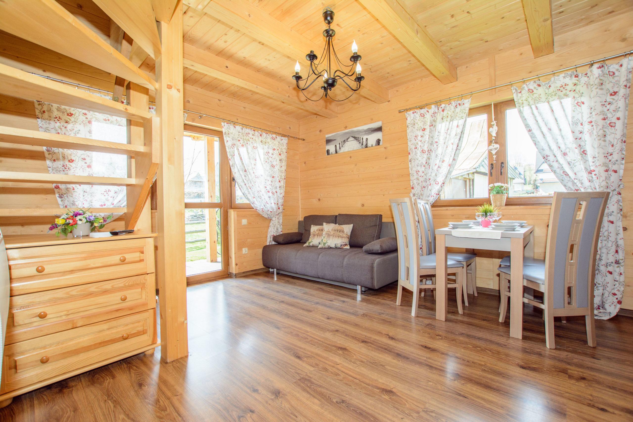 domki-gawra-zakopane-drewniany-dom-wakacje-wypoczynek-scaledw13